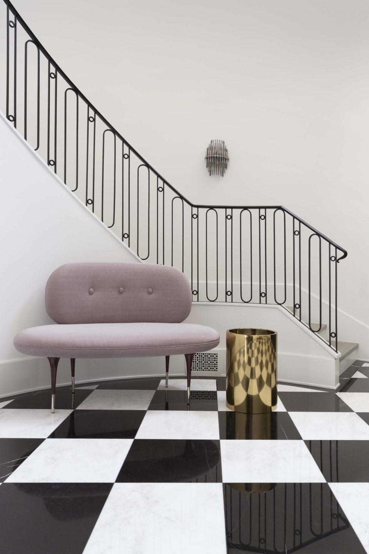 studio-william-hefner-Casa-Giannini__Foyer__10__Stairs;_Audrey_Settee__(LH)