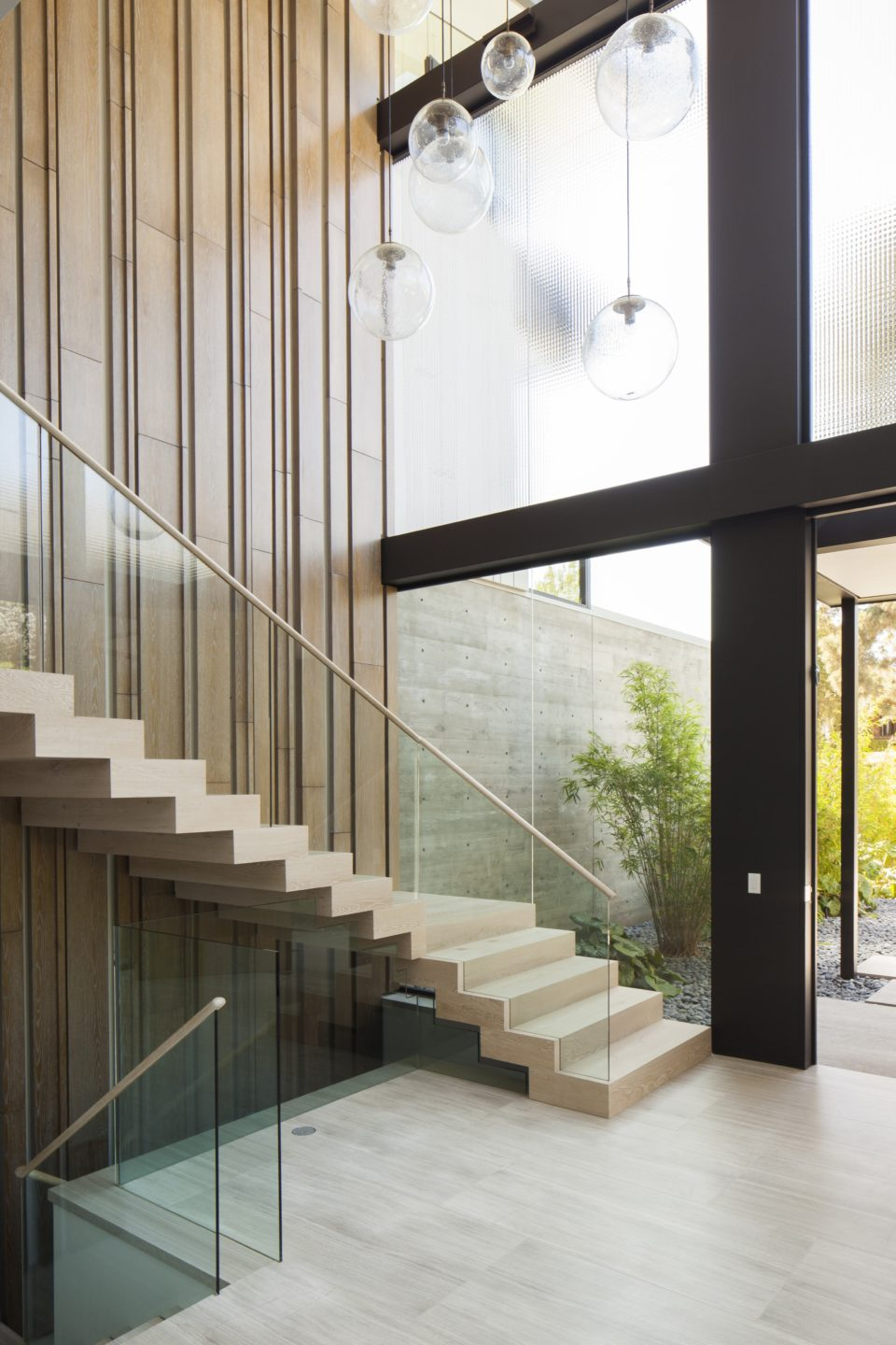 studio-william-hefner-flight__Foyer__02F__Stairs