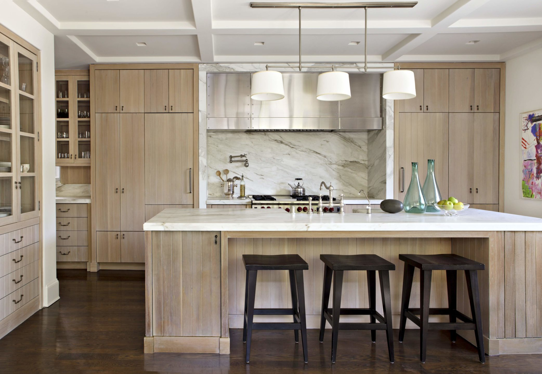 studio-william-hefner-hancock-park.__Kitchen__03__wide_Island
