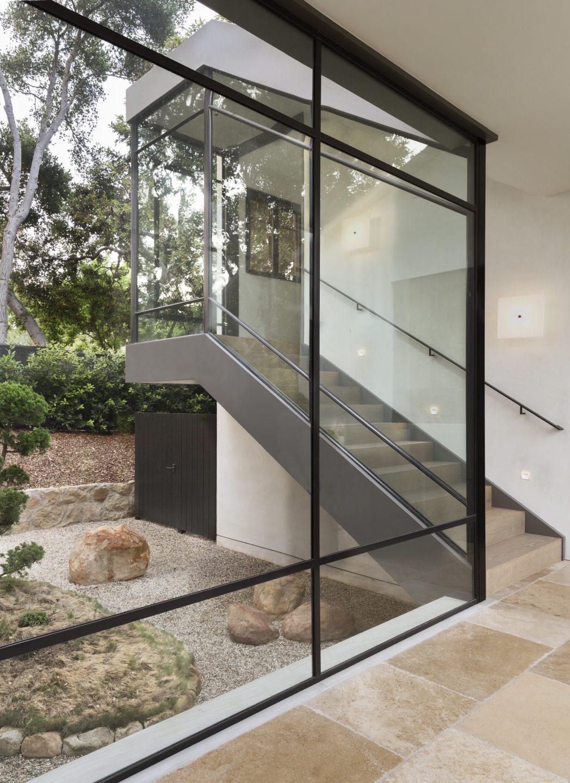 studio-william-hefner-hot-springs__Foyer__10__Stairs__(LH)