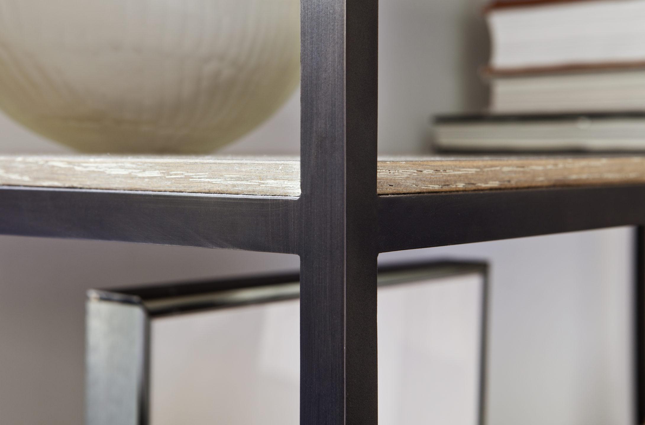 Studio_William_Hefner_products_koji_etagere_McCadden_Detail_bookcase_top