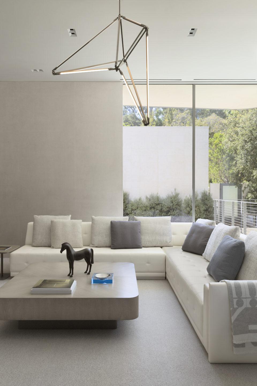 Studio_William_Hefner_products_leia_coffee_table_LR_living_room