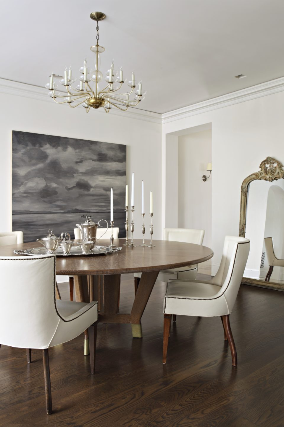 Studio_William_Hefner_products_verona_chair_DR_dining_room