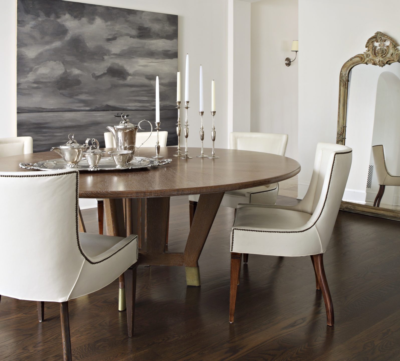 Studio_William_Hefner_products_verona_chair_DR_dining_room cropped