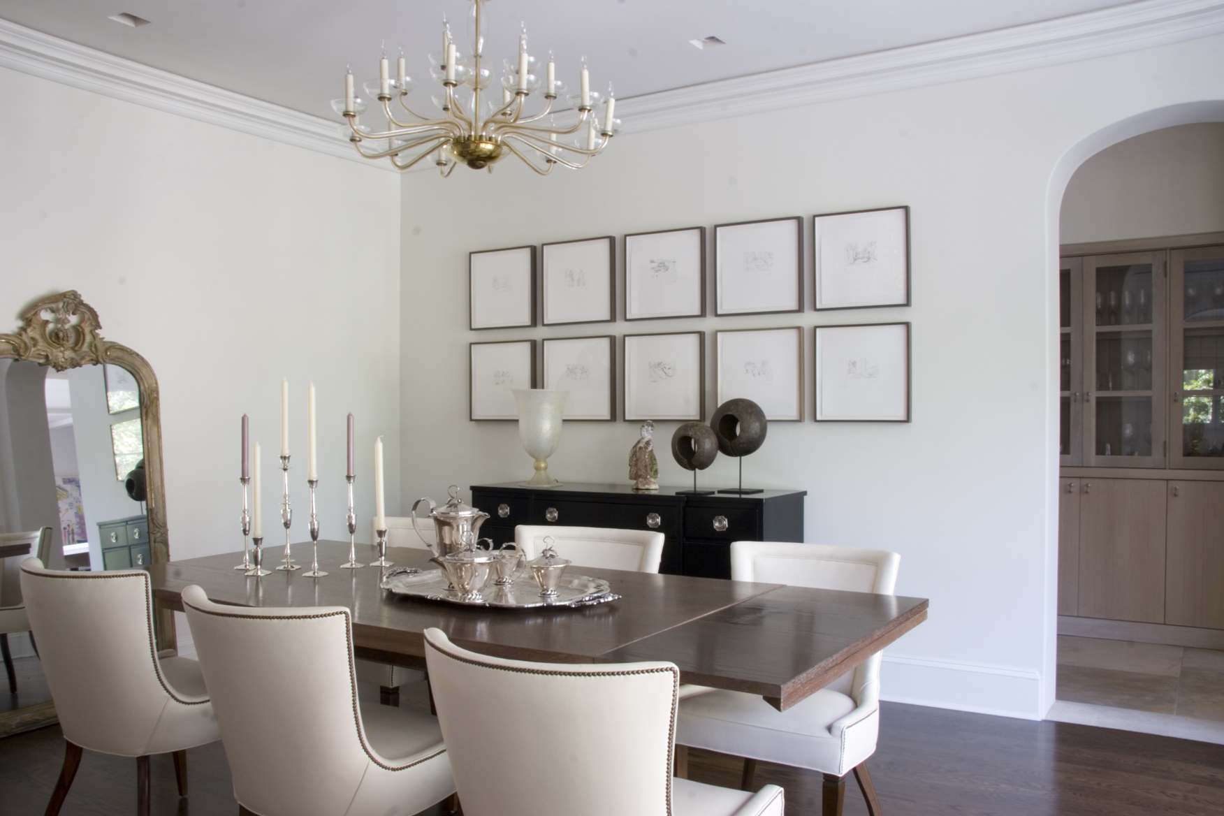 Studio_William_Hefner_products_verona_chair_DR_dining_room_WS_wide_shot