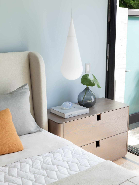 Studio_William_Hefner_products_wyatt_nightstand_BR_bedroom_2