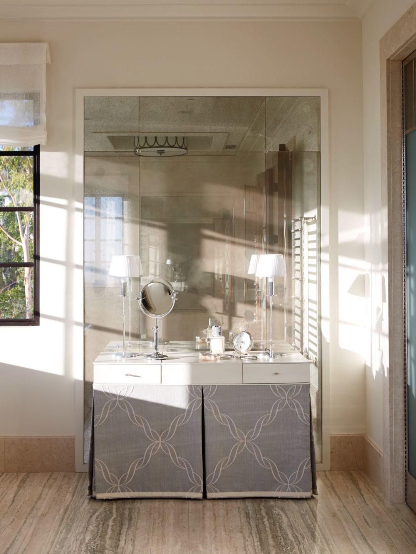 William_Hefner_beverly_crest_projects_Barnett__Bath__Master__04__Vanity